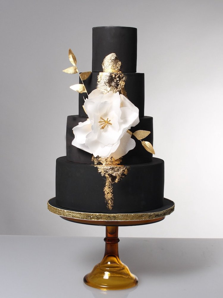 black white gold wedding cake 20 wedding cakes that add a flair to the 11906