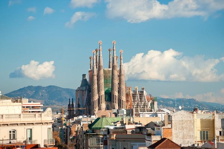 sagrada familia antoni gaudí architecture