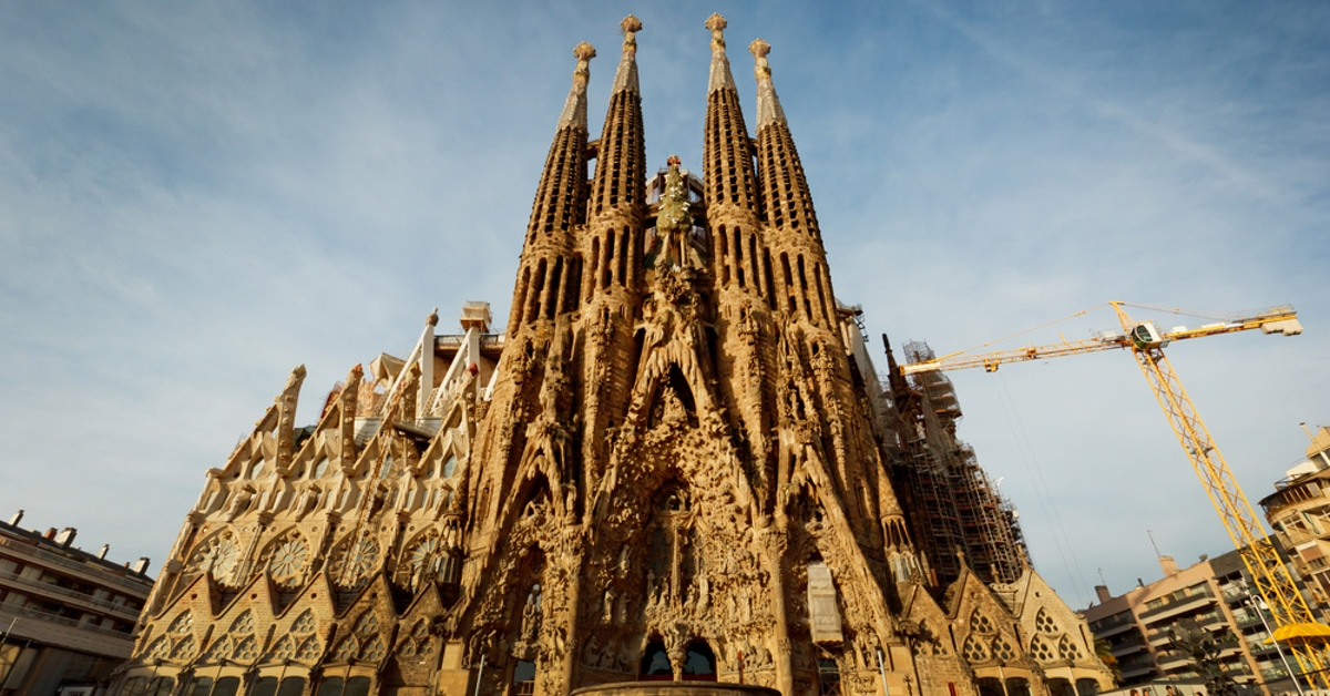 12 facts about the sagrada familia and gaudi architecture