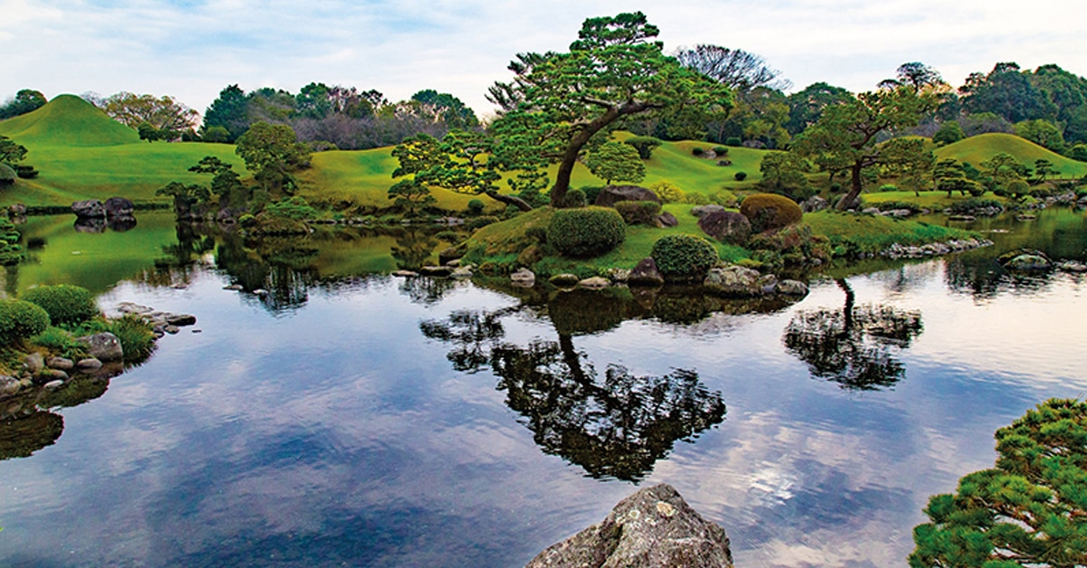 Landscape Architect Highlights The Distinct Beauty Of The Japanese Garden
