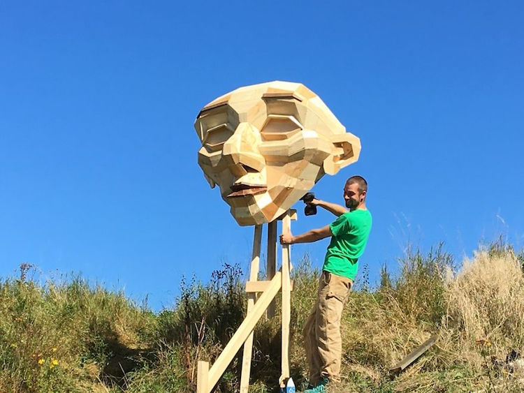 recycled art thomas dambo