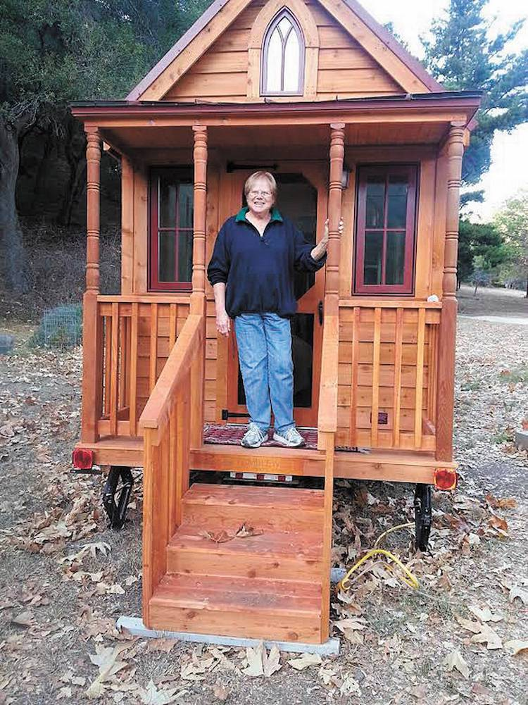 tiny house living for senior citizens