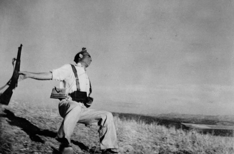 Robert Capa history of photojournalism
