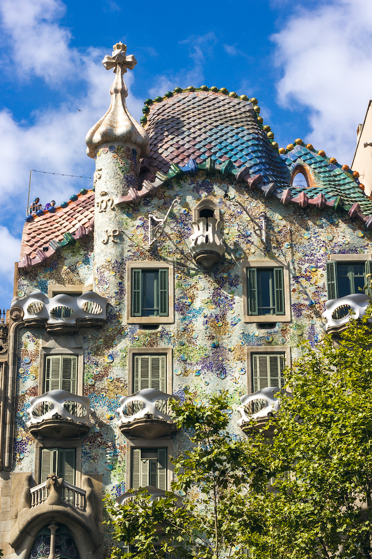 art nouveau architecture great examples how it differs