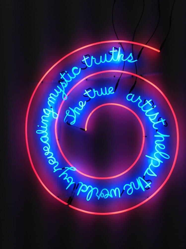 bruce nauman neon art