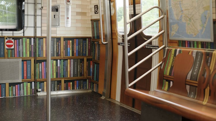 New York Public Library Offers Free Online Books To Subway Commuters