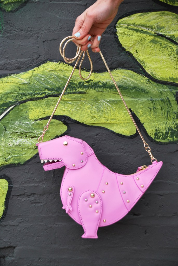 Italian Gold Chain >> Kate Spade Dinosaur Purse Adds Some Ferocious Fun to Fashion