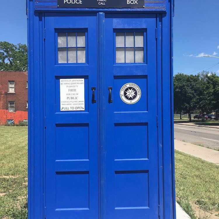 Doctor Who TARDIS Library