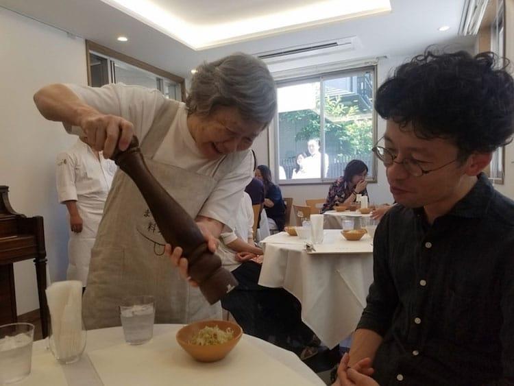 waiters dementia tokyo