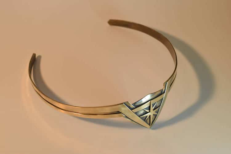 How to Make Wonder Woman Tiara
