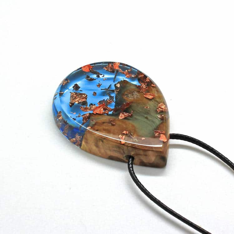 Wood and Resin Jewelry Encapsulates the Spectacular Beauty ...