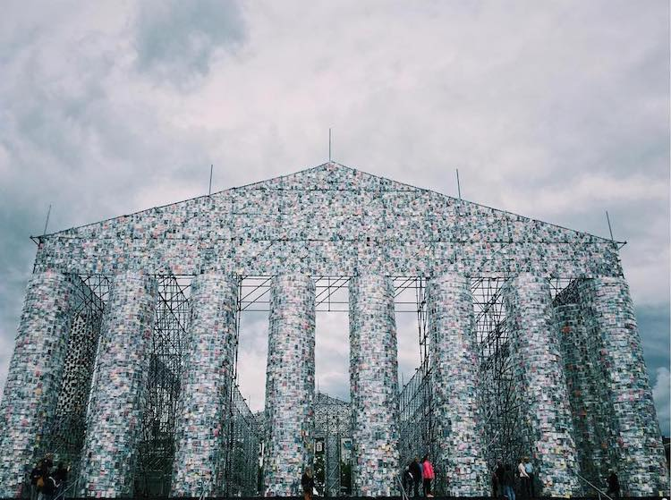 Marta Minujin - Parthenon of Books - kassel