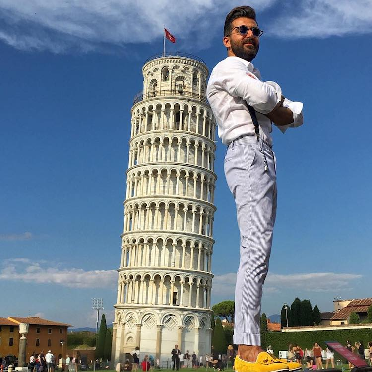 Funny Leaning Tower of Pisa Pictures