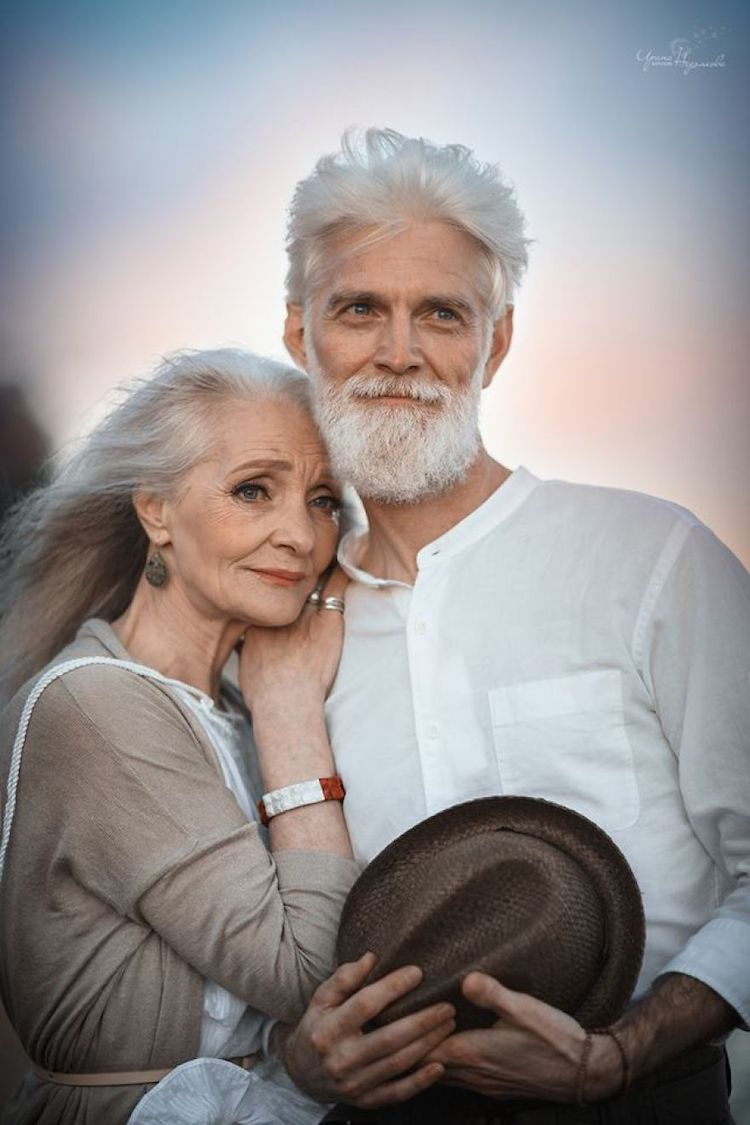 endearing photos of elderly couple in love transcends age