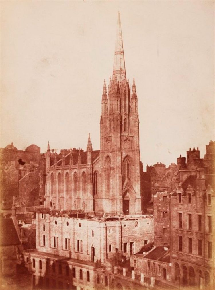 Oldest Photo of Edinburgh