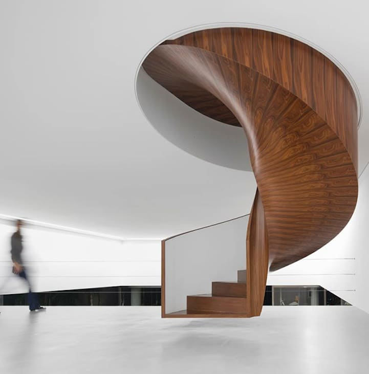 Read More: Stunning Artistic Home Features Floating Staircase
