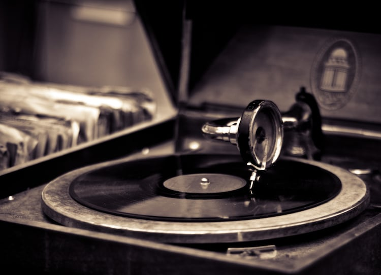 You Can Now Listen To 25 000 Gramophone Records For Free