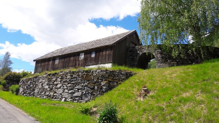 barn in valldal norway