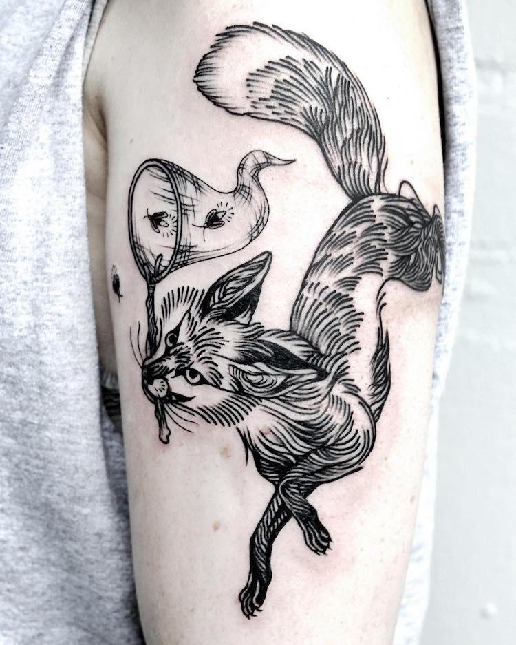Fine Line Art : Fine line tattoo artist creates detailed black ink art