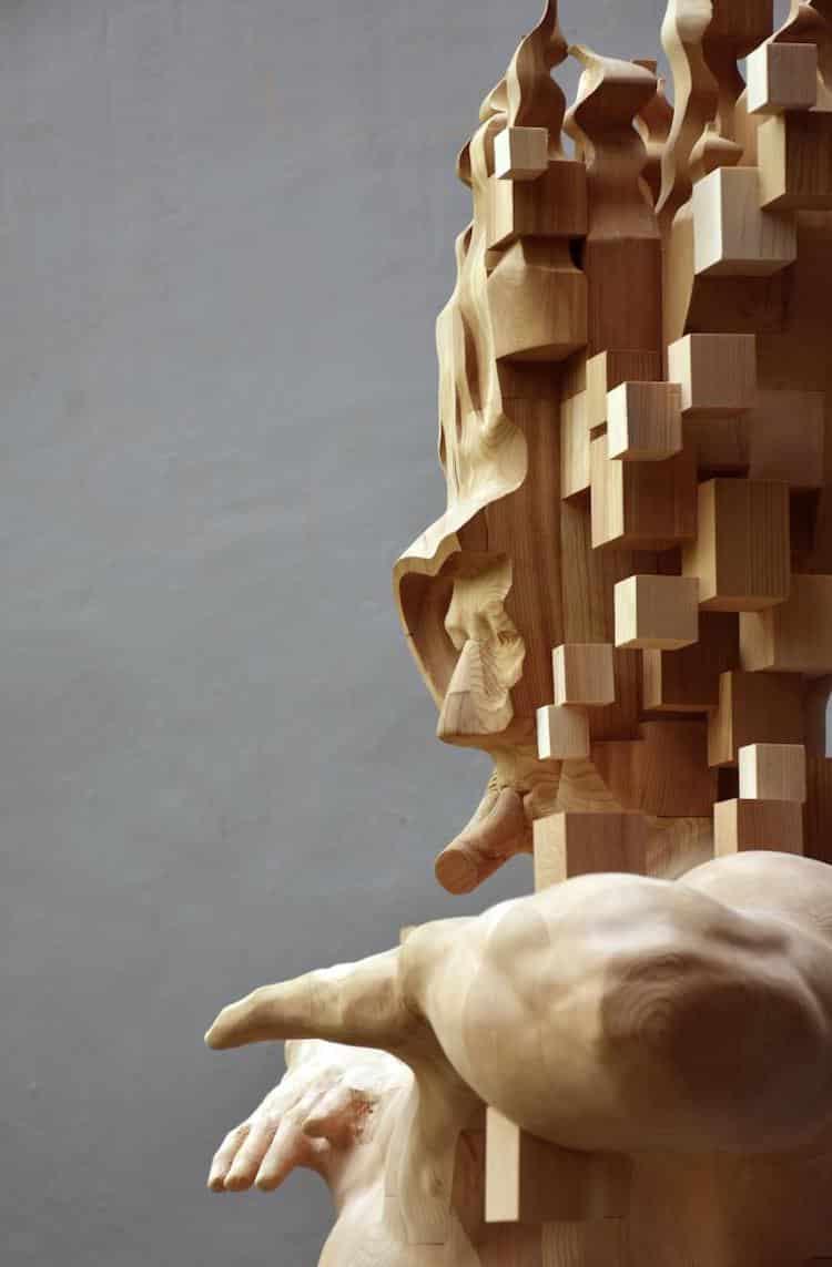 Hsu Tung Han wood sculptor