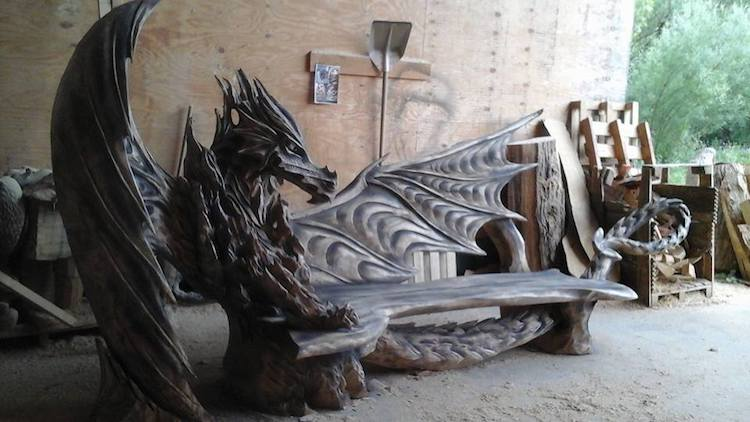Chainsaw art master igor loskutow creates incredible