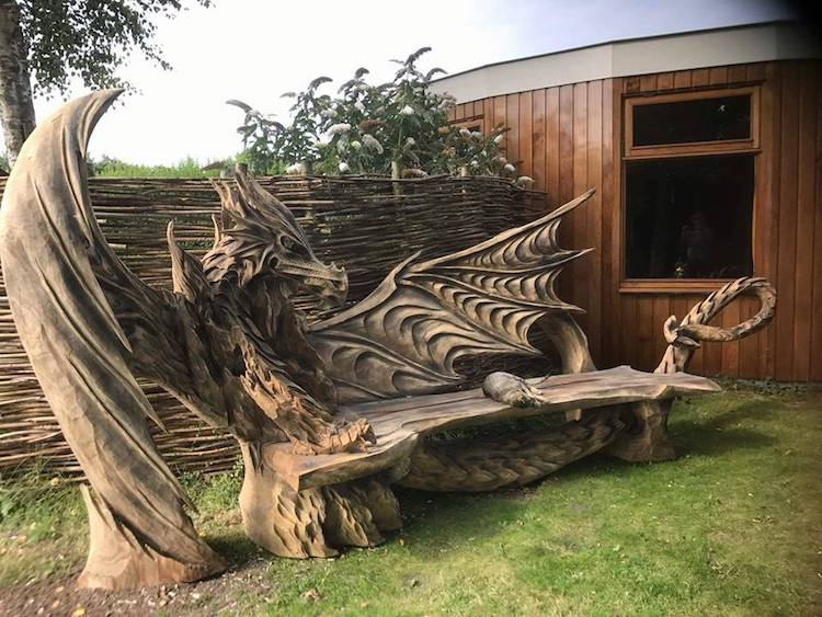 Igor Loskutow Chainsaw Art