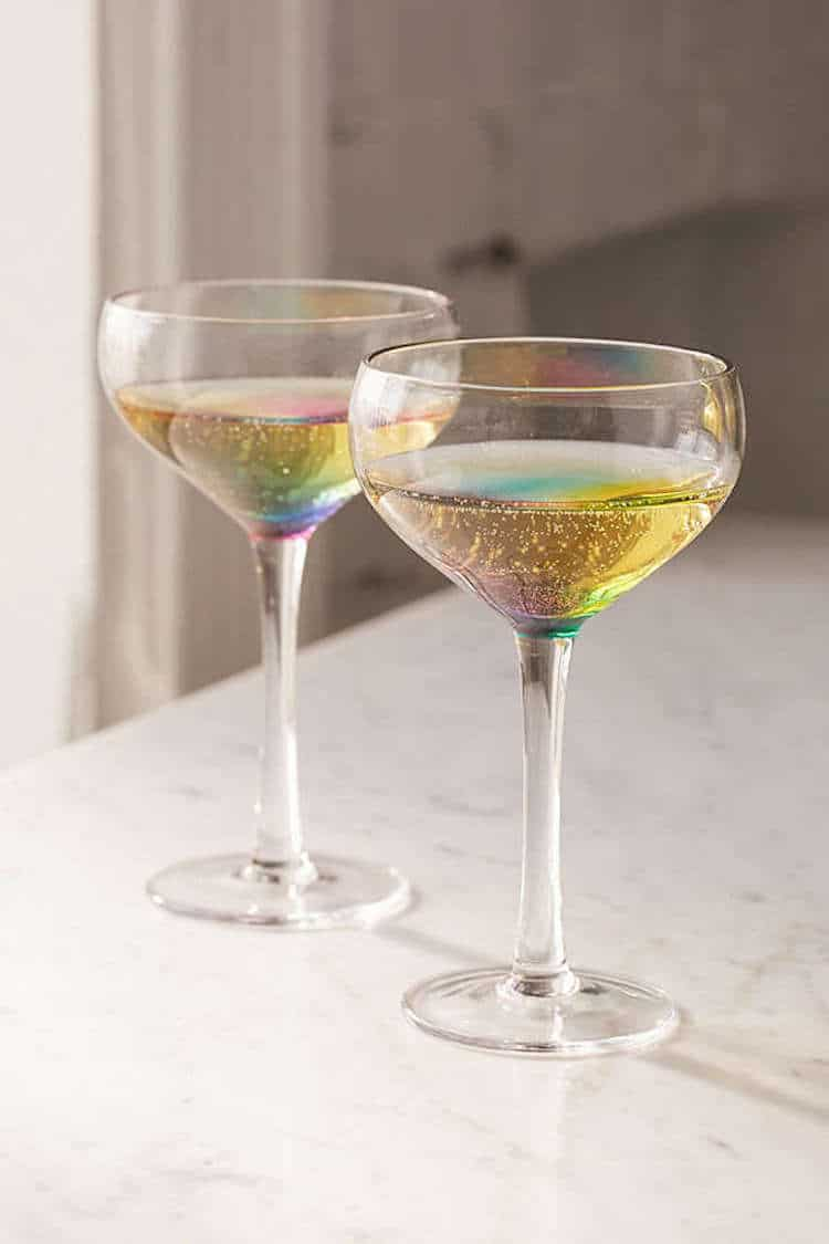 coupe cocktail glass made of rainbow glass makes your drink dazzle. Black Bedroom Furniture Sets. Home Design Ideas