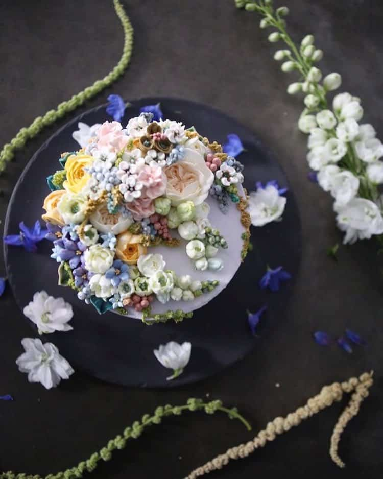 Cakes with Buttercream Flowers