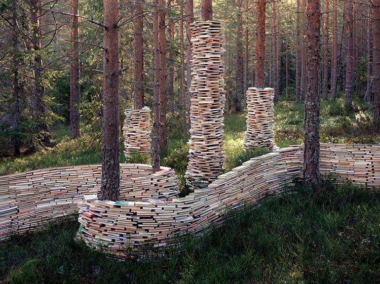Rune Guneriussen Installations