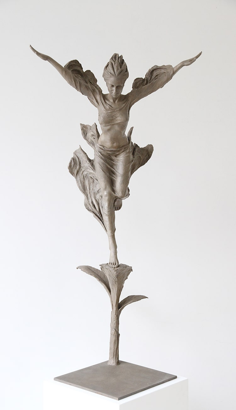 Figurative Sculpture by Luo Li Rong