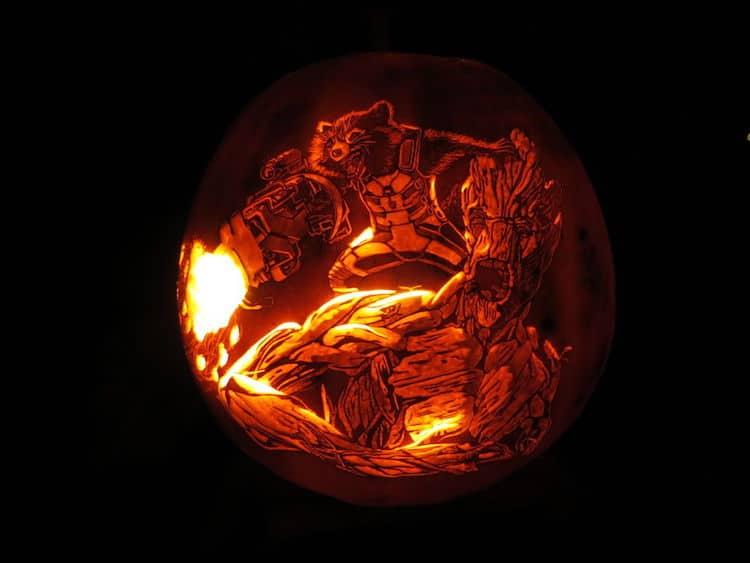 "Detailed Pumpkin Carving Transforms It Into A ""Dog O' Lantern"""