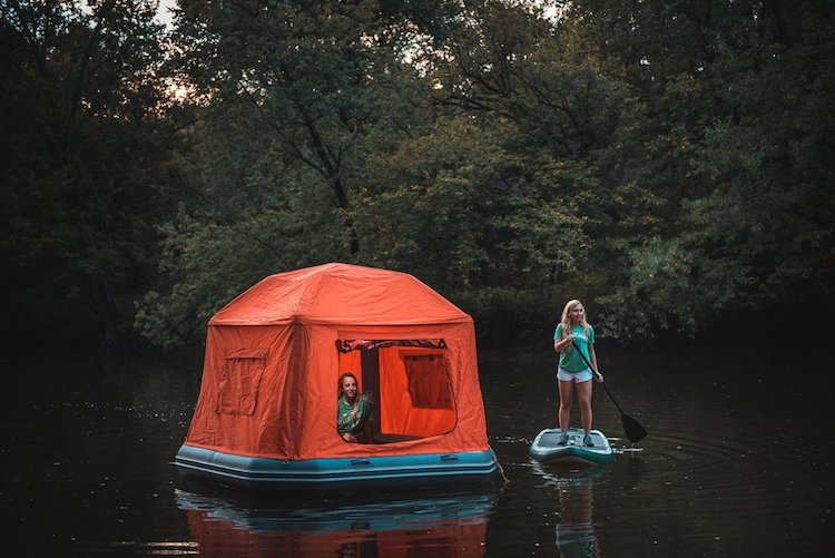 Floating Tent Smithfly