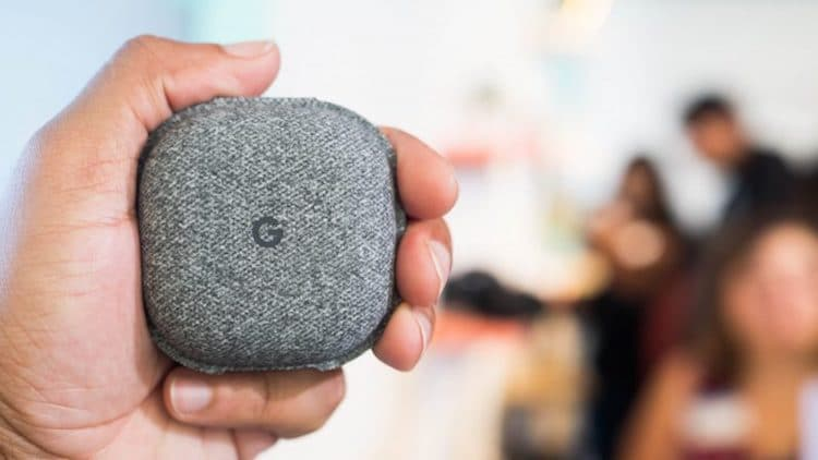Google Pixel Buds Translator Device