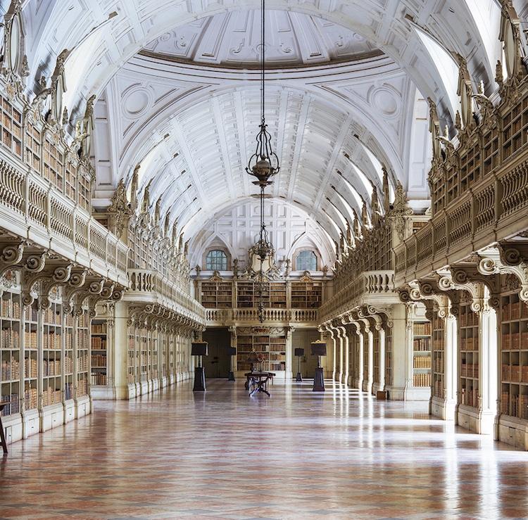 Palácio Nacional de Mafra library by reinhard gorner