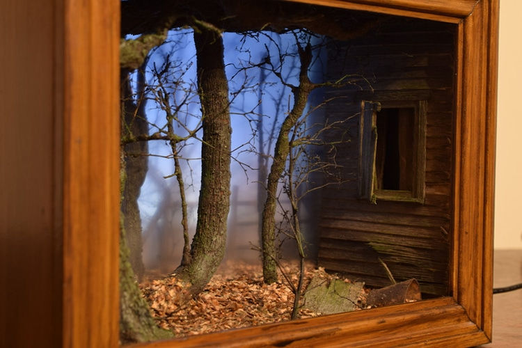Model Maker Recreates Eerie Scenes In Miniature Within