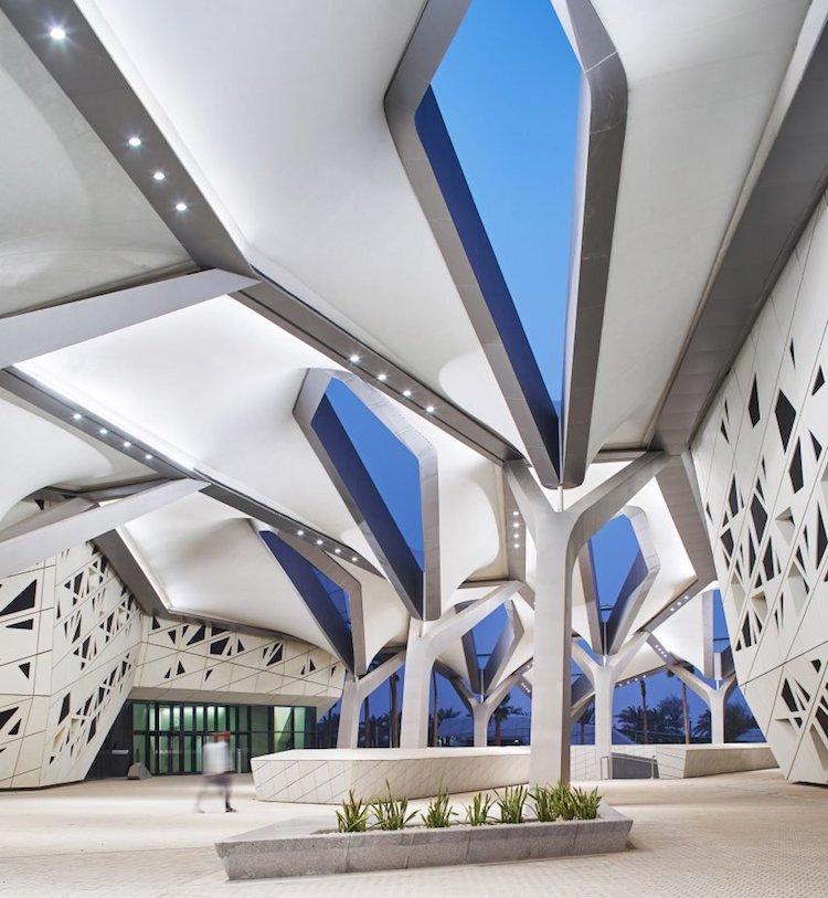 zaha hadid architecture in saudia arabia