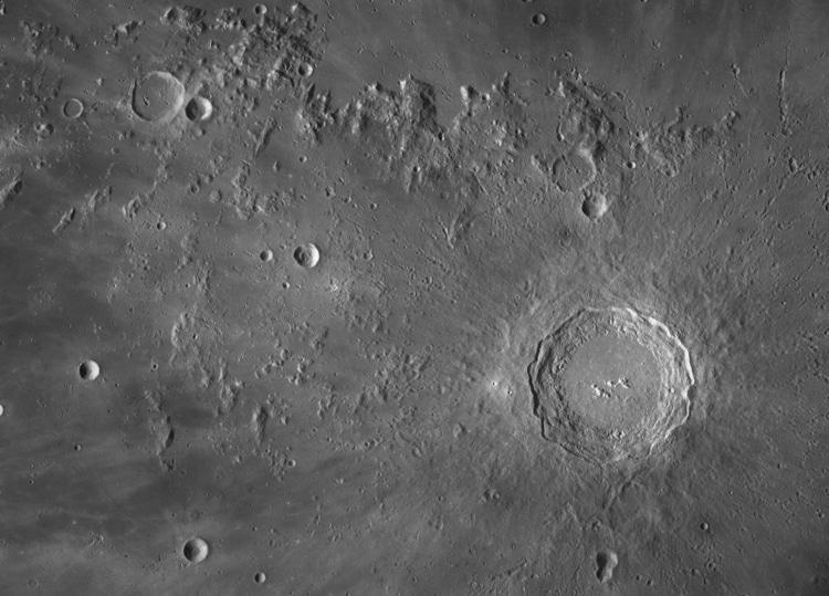 Seán Doran detail of moon high resolution photograph