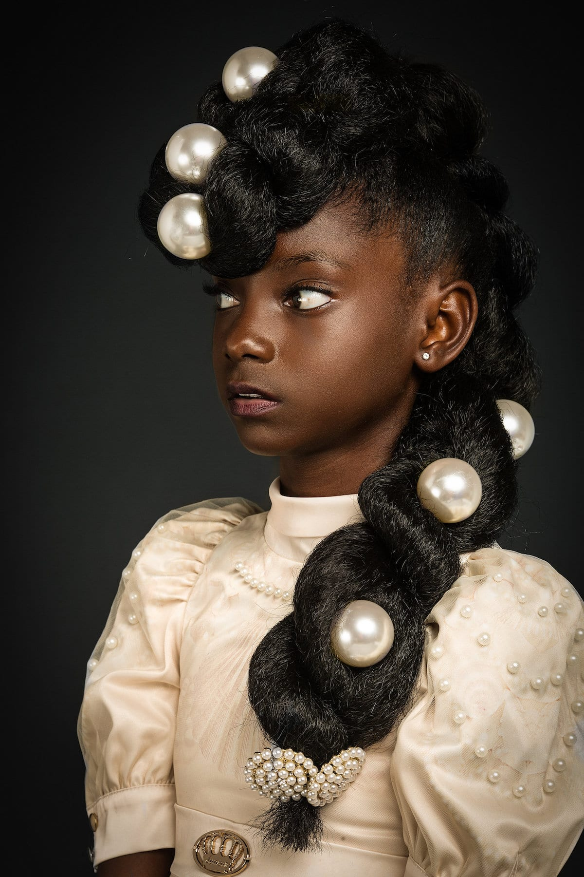 High-Fashion Afro Art Shows Portraits of Girls Rocking Their ...