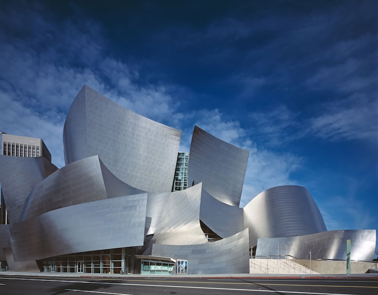 Learn About Frank Gehry Architecture One Of The Most Iconic Architects