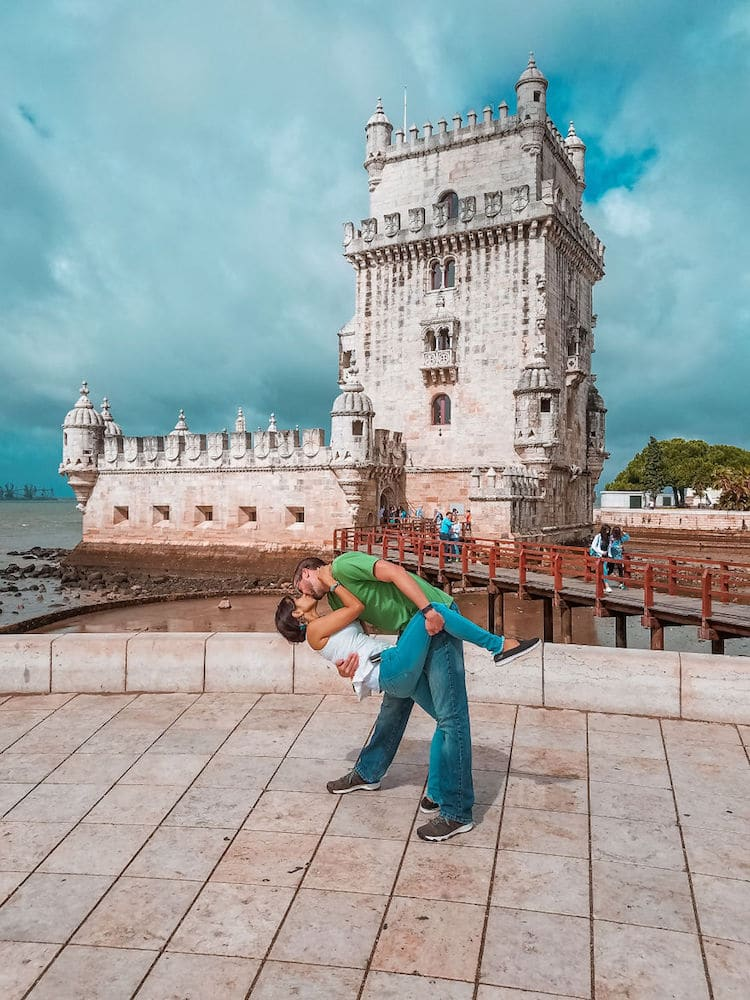 Travel Photos Show How To Make Long Distance Relationships Work