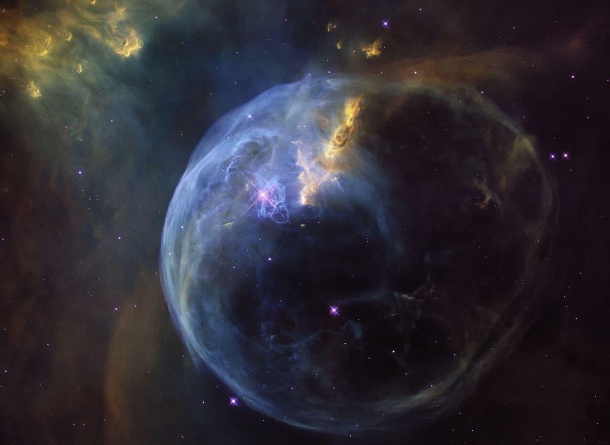 2017 Hubble Space Telescope Advent Calendar