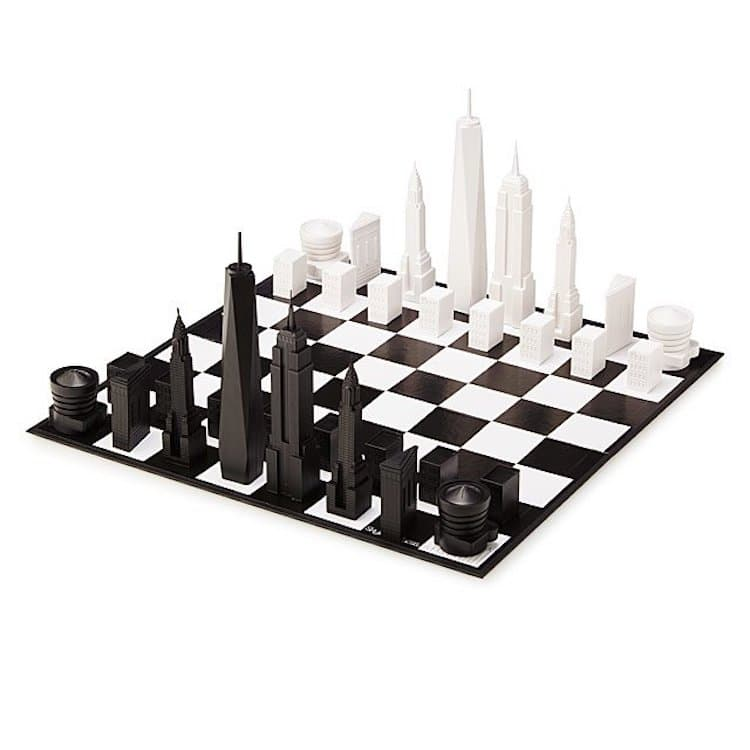 New York City Chess Set