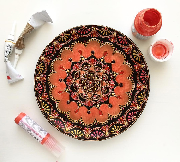 Mandala Art Tableware by Ana Art Studio ... & Artist Creates Ceramic Plates Hand-painted with Mesmerizing ...