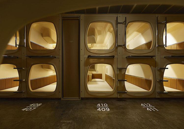 tokyo capsule hotel interiors