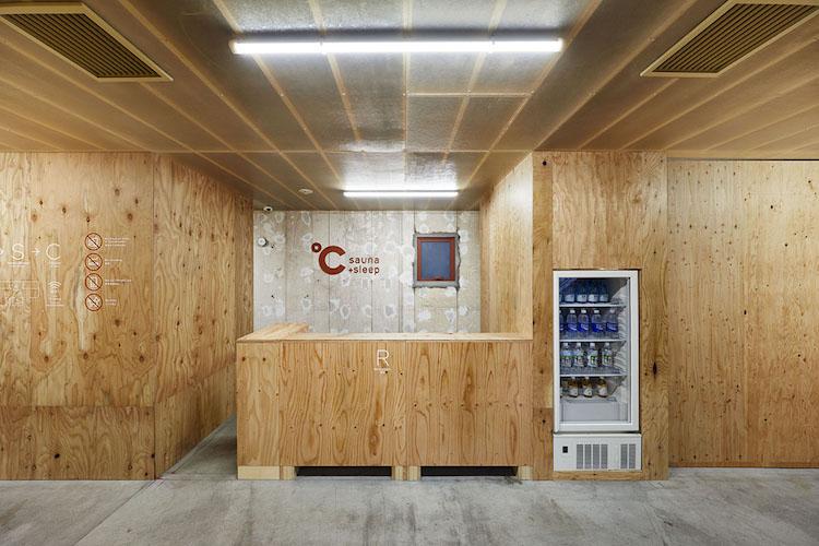 japan capsule hotel interiors
