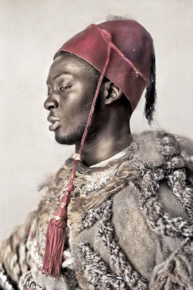 Dagmar Van Weeghel art about african immigration