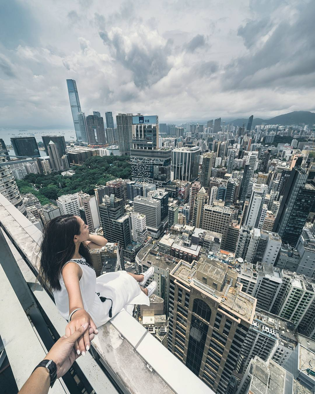 Harimao Lee rooftop photography