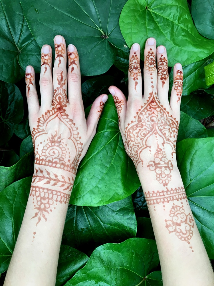 Temporary Tattoo Ink Like Henna: Origins Of Henna Tattoos And How Contemporary Artists Keep