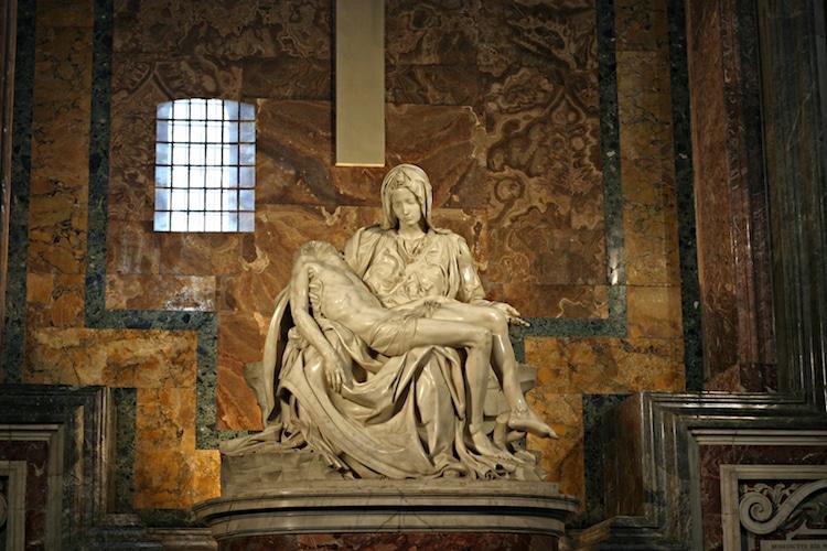 Famous Renaissance Artists Michelangelo Pieta