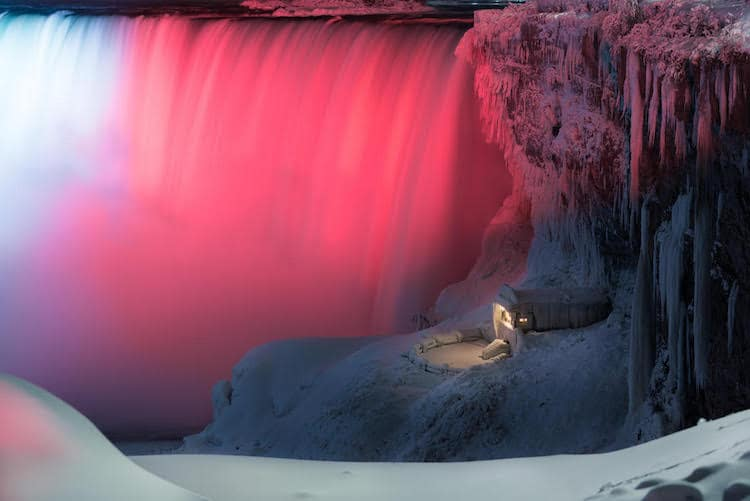 Niagara Falls Light Illumination